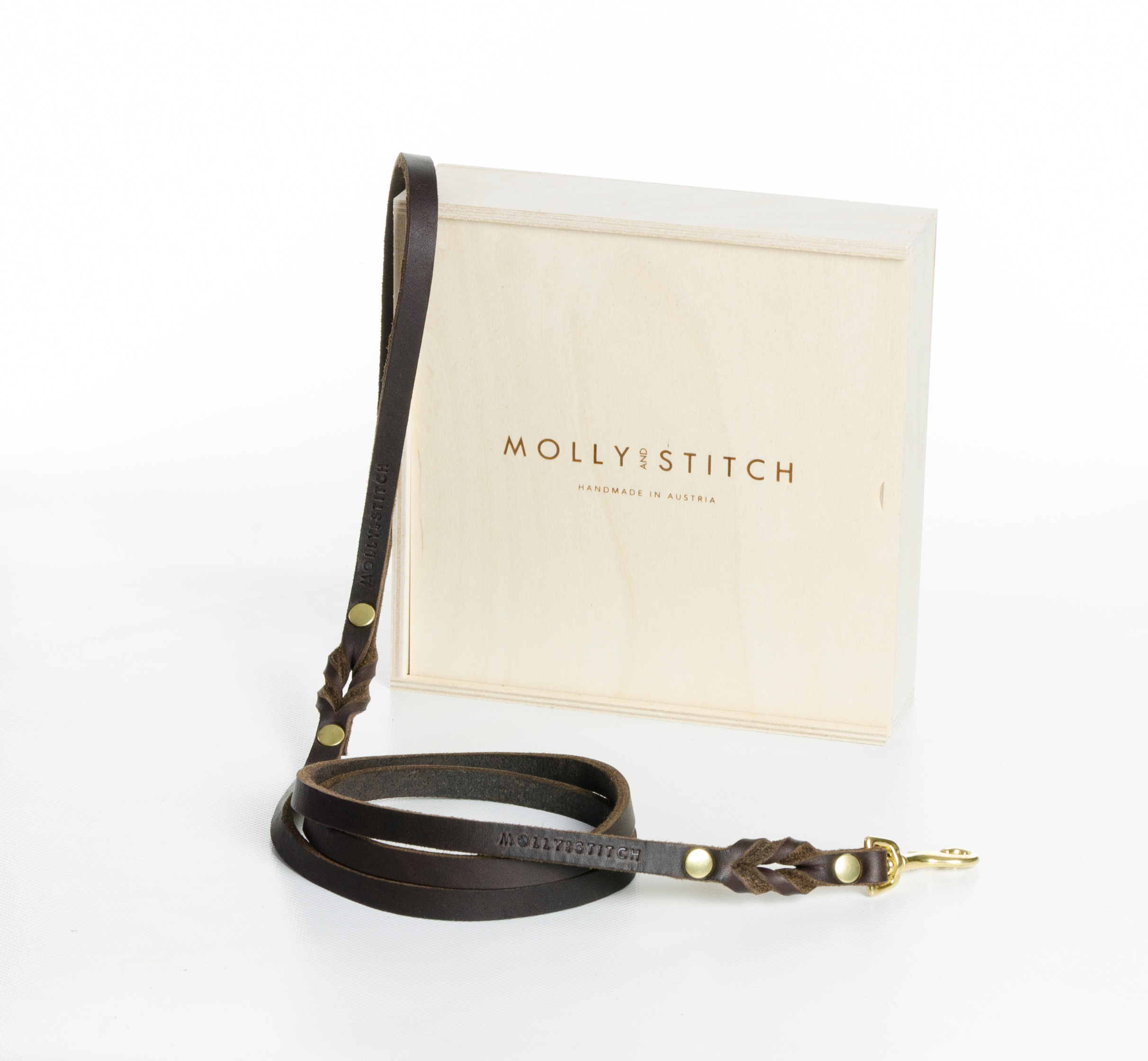 butter-city-gold dog-leash-classic-brown